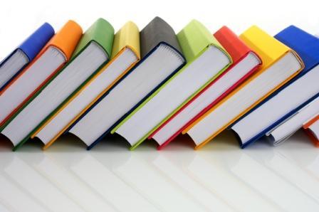 Znalezione obrazy dla zapytania kiermasz podręczników